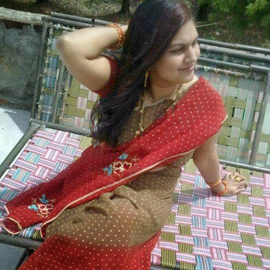 Gujarati Bhabhis Sexy Looks  Hot And Sexy-5196