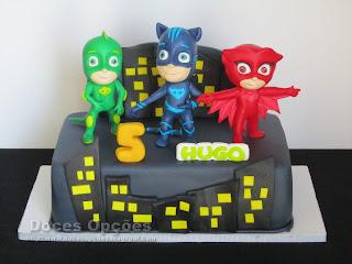 Bolo de aniversário PJ Masks