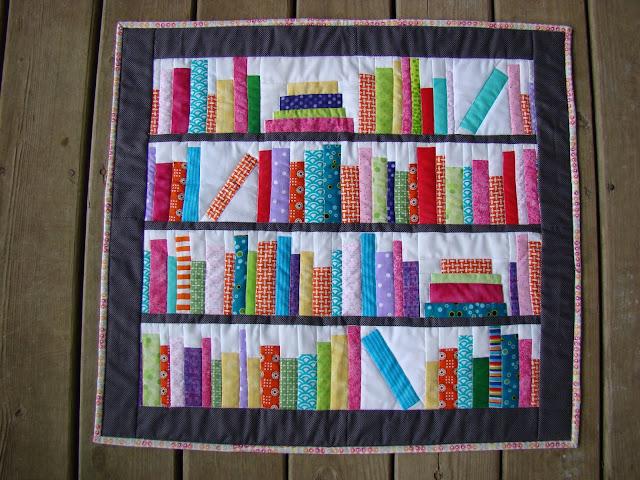 Bookends Mini library bookshelf books quilt