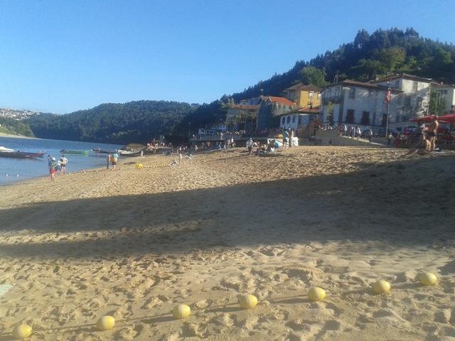 Areal Praia Fluvial de Arnelas