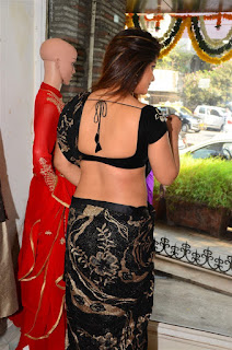 Neetu Chandra in Black Saree at Designer Sandhya Singh Store Launch Mumbai (15).jpg