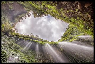 Tempat wisata air Terjun Madakaripura