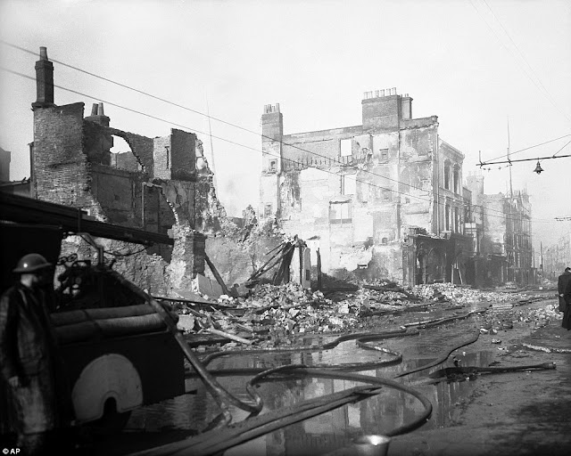 6 December 1940 worldwartwo.filminspector.com Southampton Blitz damage