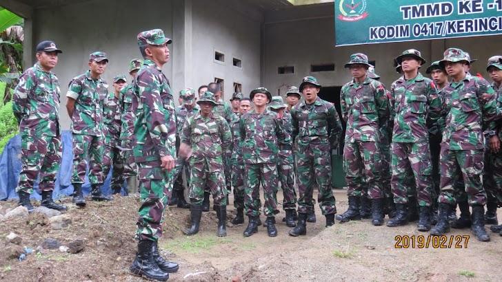 Dandim 0417/ Kerinci Tinjau Posko Satgas TMMD ke 104 di Desa Sungai Ning