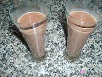 Chocolate caliente en el vaso