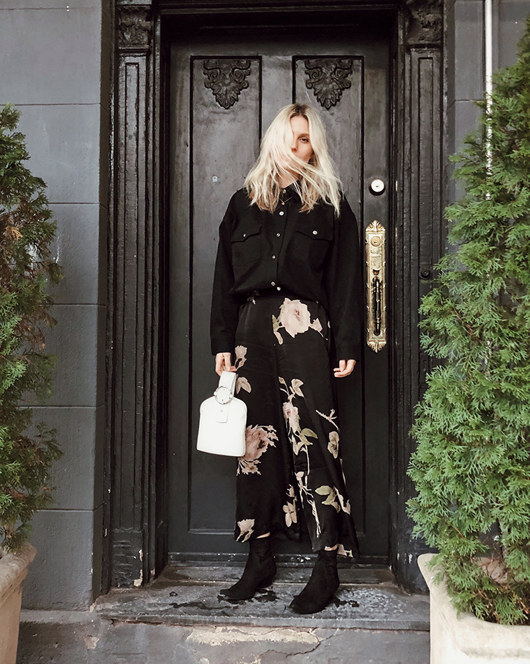 @heleneisfor x Aritzia, fashion over reason. Wilfred Faun Pant, Wilfred Free Dowling Shirt, Tamara Mellon Go West Ankle boots, Parisa Wang Addicted Bracelet Bag