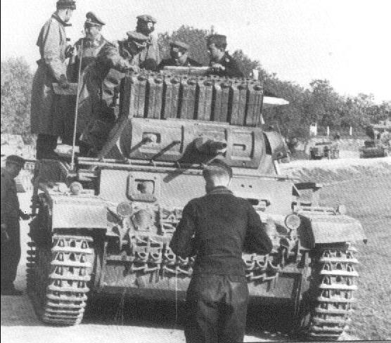 Hans-Valentin Hube Panzer III worldwartwo.filminspector.com