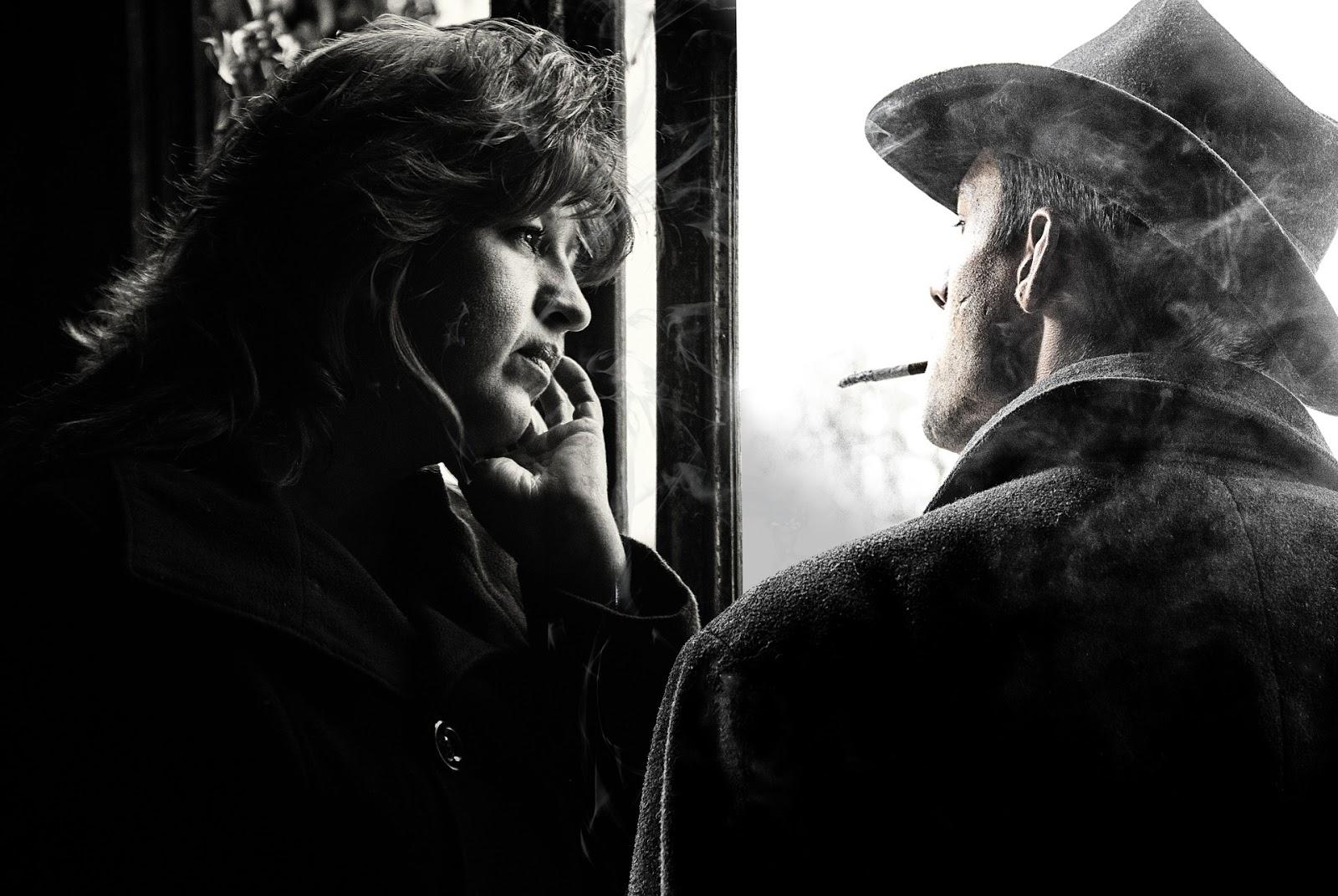 Karısıyla Sigara İçen Adam