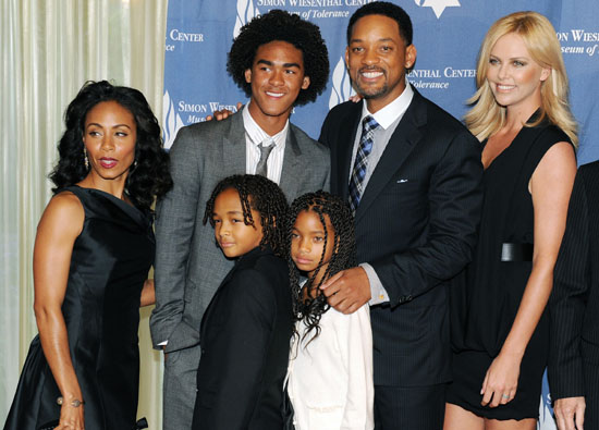 Hot Wallpaper: Will Smith family.