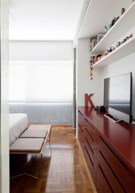 минималистический интерьер спальни