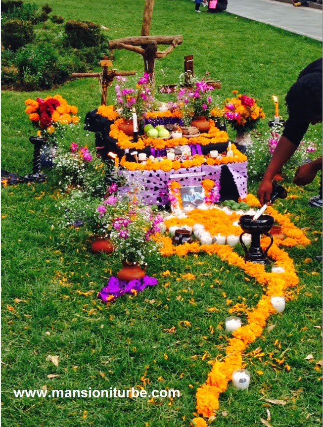 Contest of Ofrendas of Day of the Dead in Patzcuaro