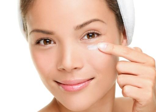 आंखों-के-सूजन-का-इलाज