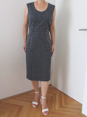 http://ladylinaland.blogspot.hr/2016/09/pin-up-polka-dot-dress.html