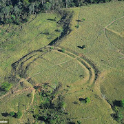 Ученые нашли сотни круговых каменных сооружений в середине Амазонки