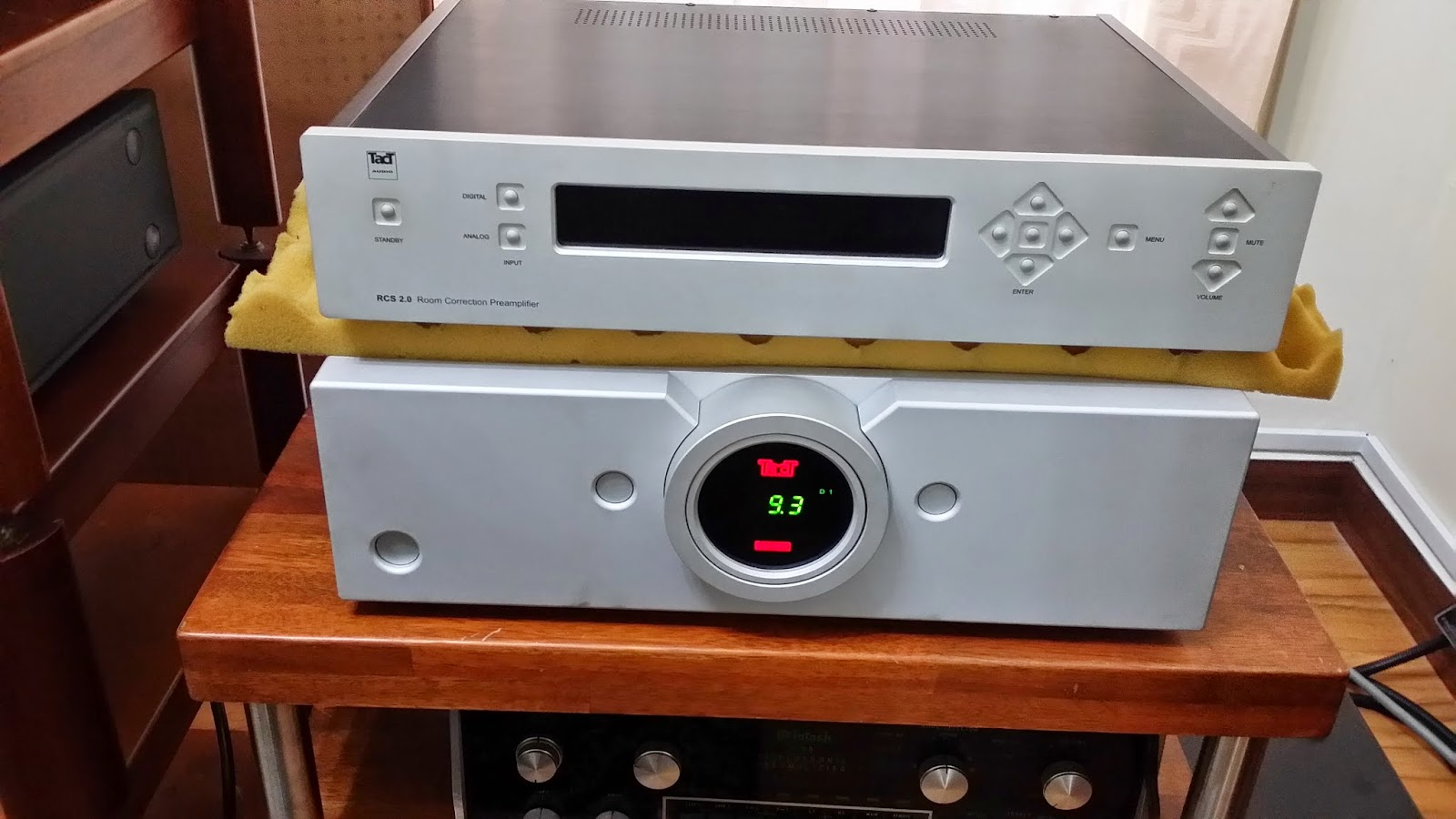 Tact audio millennium mkii  intergrated (Demo) 20140603_185107