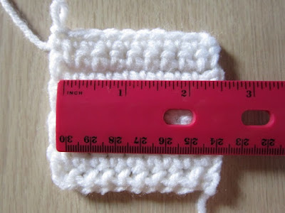 free crochet pattern, snowflake, lacy, doily, coaster, worsted weight, acrylic yarn, Red Heart