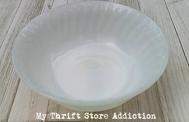 vintage Fire King Swirl serving bowl