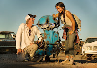 Transformers: The Last Knight Michael Bay and Isabela Moner Set Photo (26)