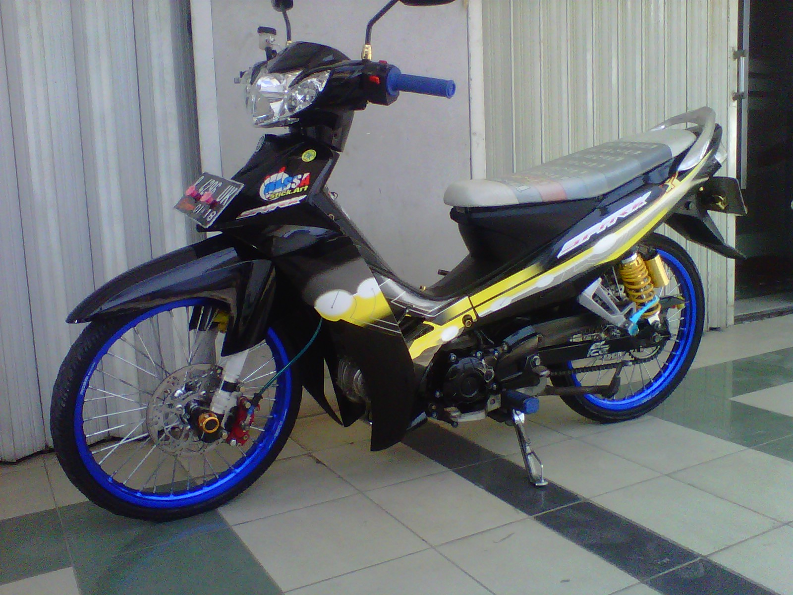 Download 46 Modifikasi Motor Vega R New 2007 Terlengkap Motor Cross