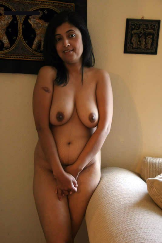 Umbalarasi Desi-Aunty-Big-Boobs-To-Suck-6739