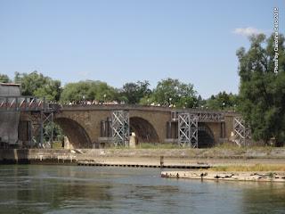 Steinerne Brücke)