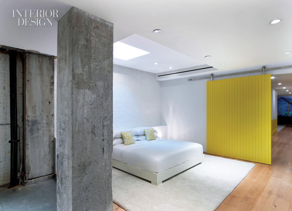 Mix And Chic: Home Tour- An Explosion Of Color In A Modern