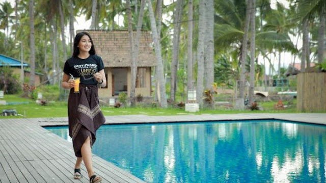 Suasana kolam renang yang nyaman Villa Solong Banyuwangi