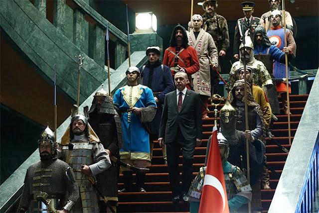 Ο Ερντογάν ονειρεύεται Βιέννη και Ιερουσαλήμ και η ΕΕ μιλά μαζί του