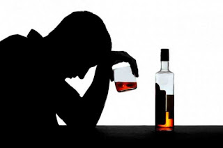 Side effects and dangers of alcohol to get rid of acne