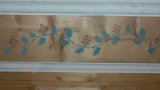 koristemaalaus katossa