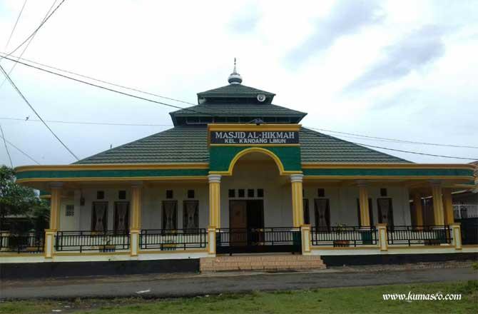 Masjid Al-Hikmah Kandang Limun Bengkulu yang Ramai Jama'ah