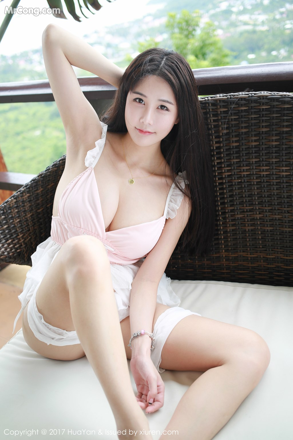HuaYan Vol.052: Ailin Model (琳琳) (51 photos)