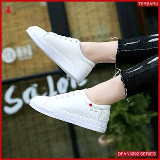 DFAN3292S36 Sepatu Td 23 Poxing Wanita Sneakers Murah BMGShop