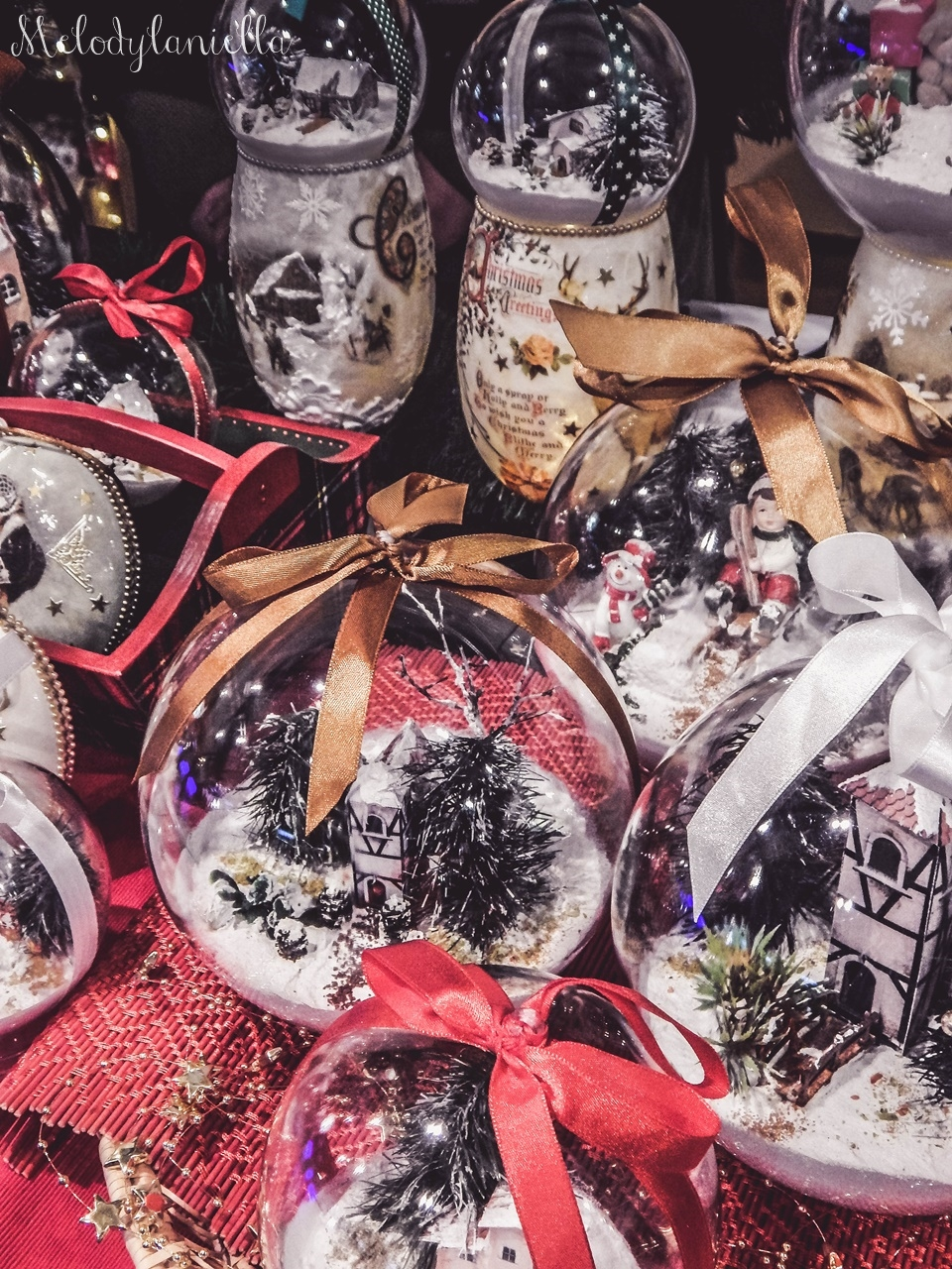 10 nietypowy jarmark świąteczny piotrkowska 217 co dzieje się w łodzi dwukropek ogrody zofii bożonarodzeniowy jarmark targ świąteczny świat z lukru pierniki świąteczne łódź biżuteria handmade piando zigner