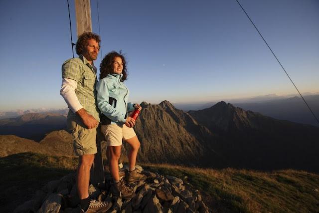 Am Ziel angekommen... Genießen Sie die traumhafte Aussicht über das schöne Land Südtirol!