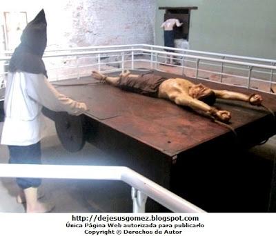 Foto de la tortura llamado El Potro de la Santa Inquisición, foto tomada en el Museo del Congreso y de Inquisición por Jesus Gómez