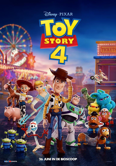 The Toy Story 4 gang posing outside of a carnival