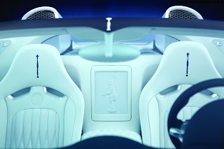 2012 Bugatti Veyron Grand Sport White Gold Interior Seats