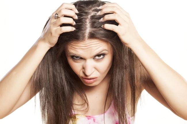 बालों के रूसी का घरेलू उपचार