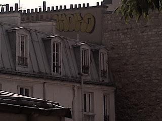 Vue imprenable sur les toits de Paris. Montmartre.