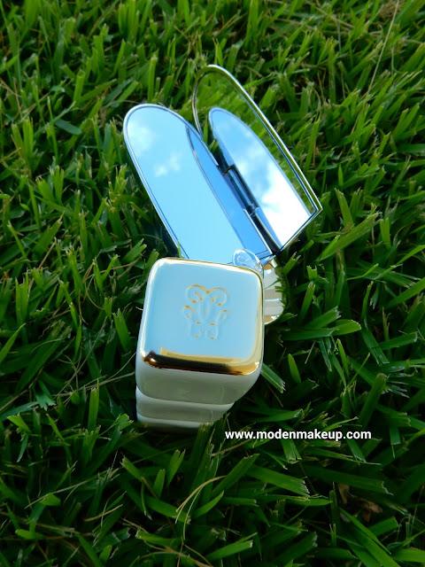 Guerlain Rouge G Lipstick and KissKiss Lip Balm - www.modenmakeup.com