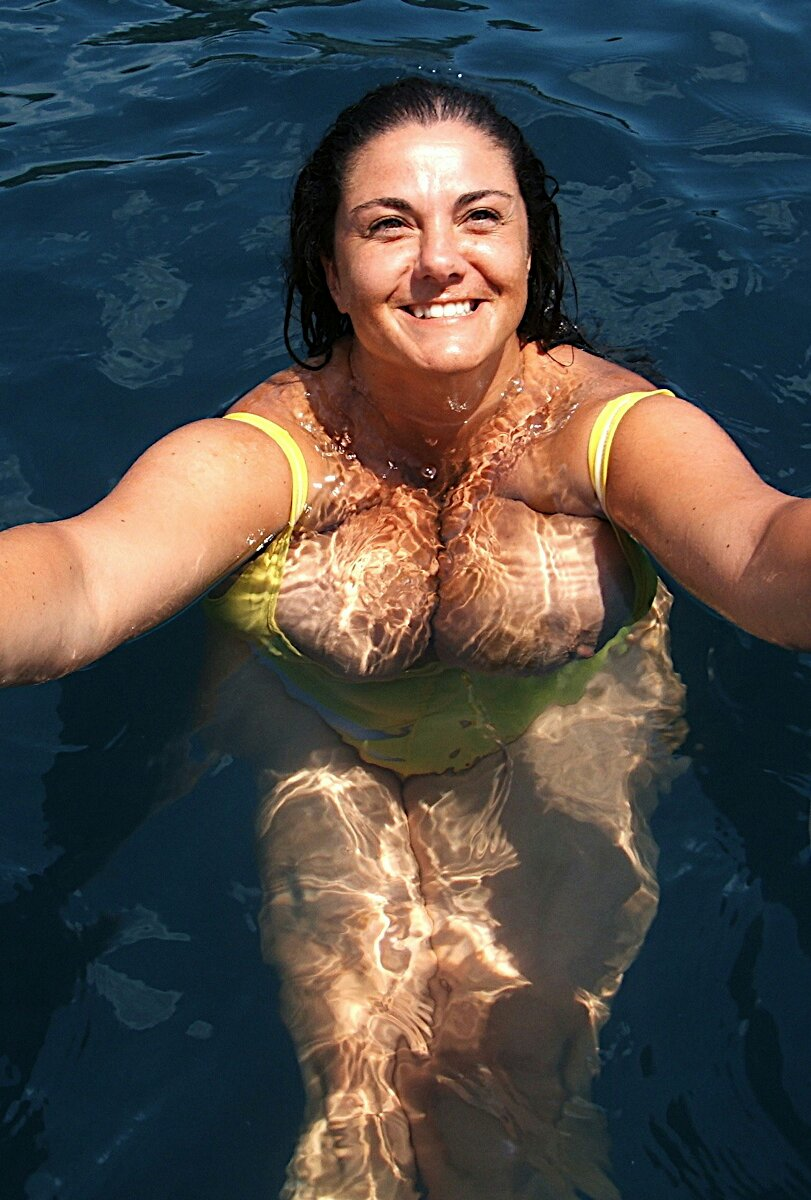 3 sexy bbws in the showerpre - 3 7