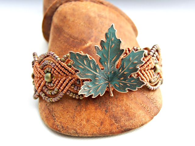 Turquoise leaf in copper micro macrame bracelet.