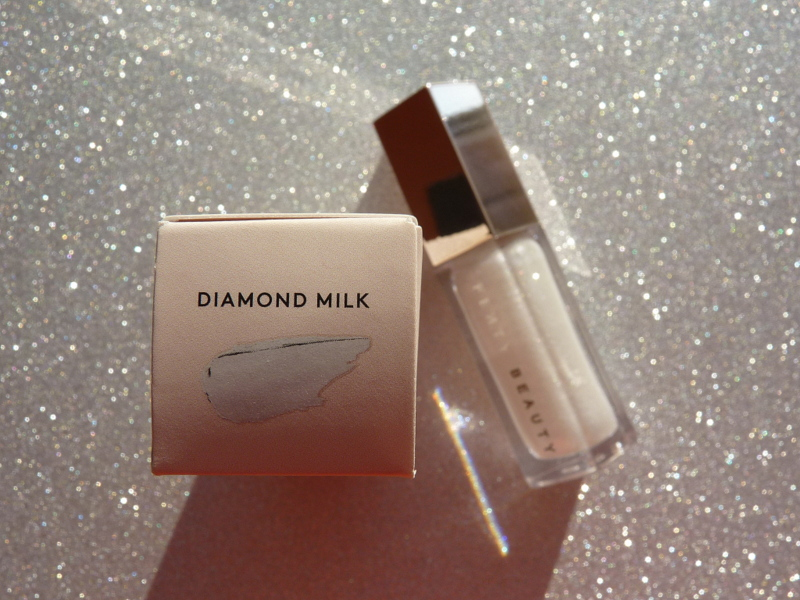 Universal Lip Luminizer Diamond Milk