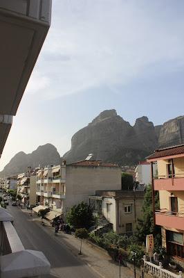 A tour of mainland Greece- Visiting Delphi
