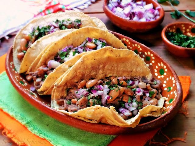 Carne Asada quesadilla taco - lacocinadeleslie.com