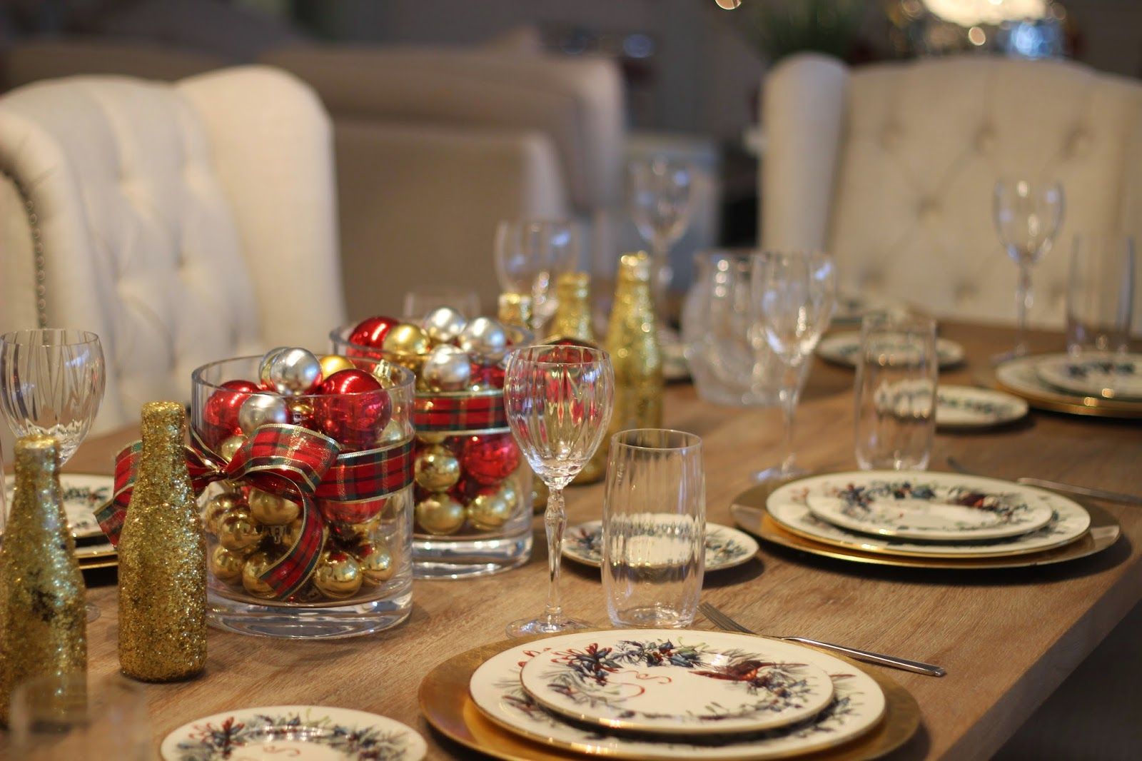 Bourbon and Boweties Kate Spade Christmas Table Setting