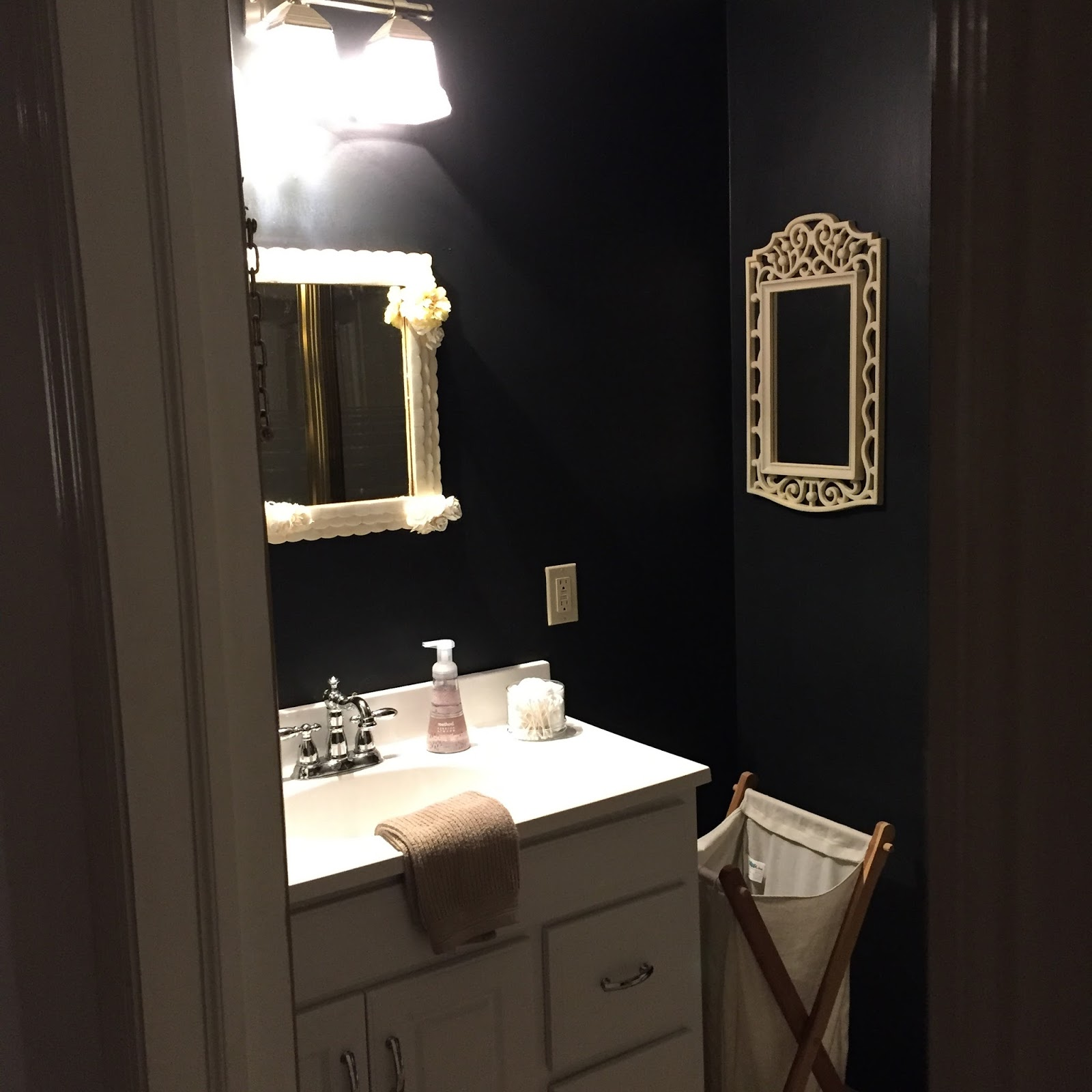 Black Bathroom at Stonecrest Manor