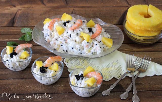 Ensaladilla de arroz con piña y gambas. Julia y sus recetas