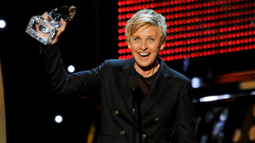Ellen Degeneres bateu o recorde de artista mais premiada do People's Choice